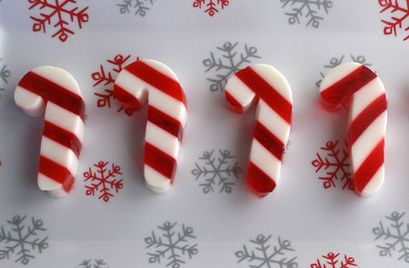 Good Cocktails - Christmas Candy Cane Jello Shots Recipe